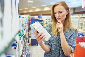 Queda do consumo faz população diminuir compra de itens básicos